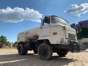 IFA L 60 1218 4x4 DSK camión cisterna