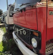 VOLVO F7 camión cisterna