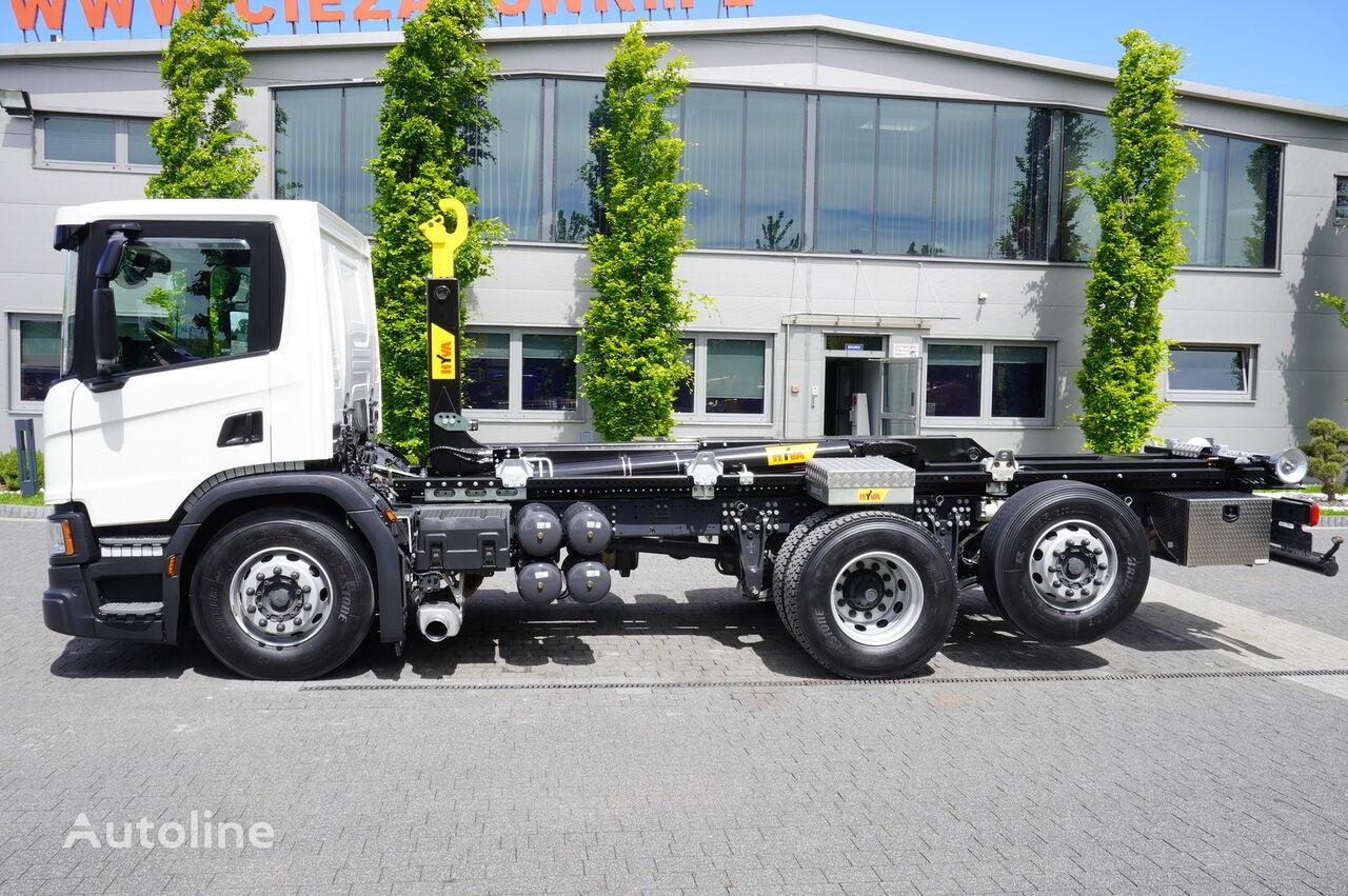 SCANIA P410 , E6 , 6X2 , 60k km , NEW HOOK 20T , steer / lift axle , Lo camión con gancho