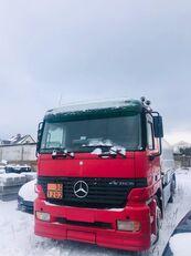 MERCEDES-BENZ Actros 2550 camión de combustible