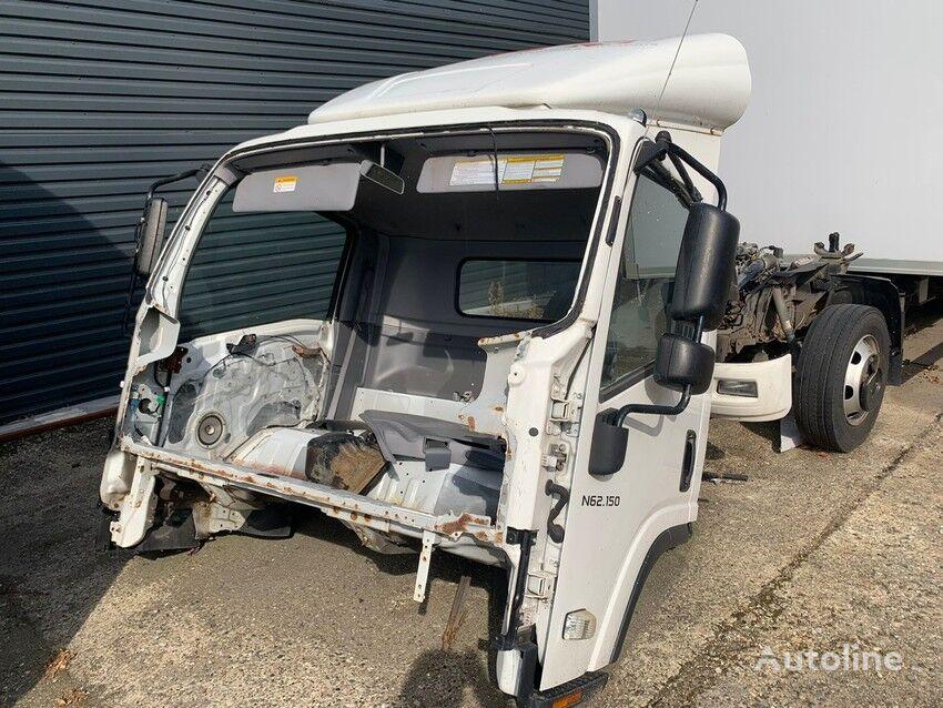 ISUZU N2R 85C camión furgón