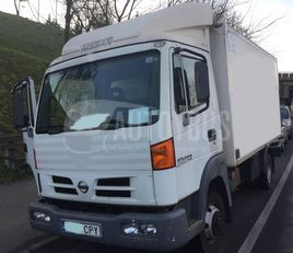 NISSAN ATLEON 140 ISOTERMO REFORZADO camión isotérmico