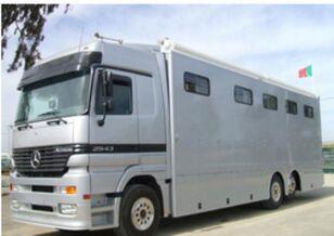 MAN ACTROS 25 43  camión para caballos