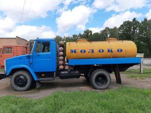 ZIL 433362 camión para transporte de leche