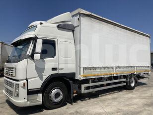VOLVO FM 9 300 camión toldo