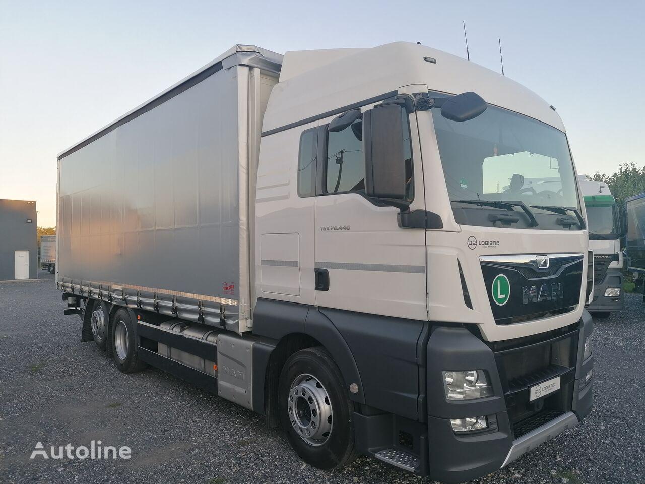 MAN TGX 26.440 EURO 6 camión toldo