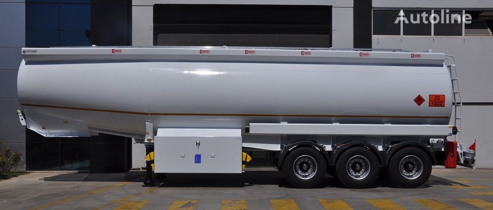 cisterna de combustible OKT TRAILER 42000 Lt Mild Steel Tanker Semi Trailer nueva