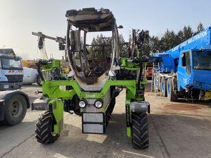 KREMER  T4E-L tractor viñedo siniestrado
