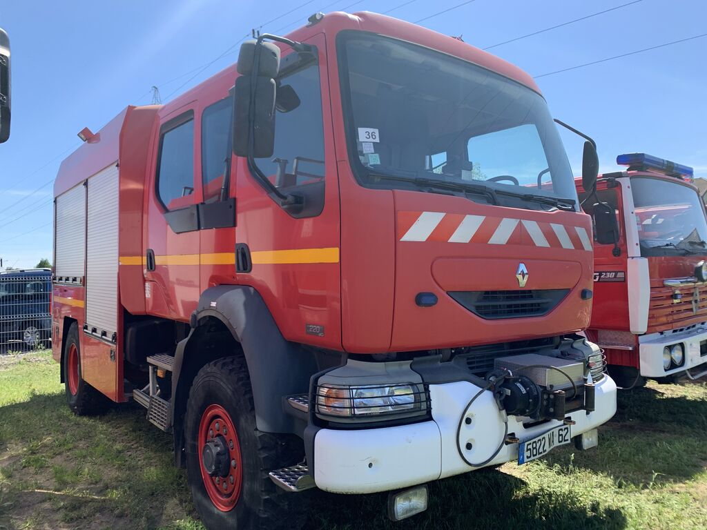 camión de bomberos RENAULT Midlum 4x4 Bomberos FireTruck Pompier Hasici Straż Pożarna