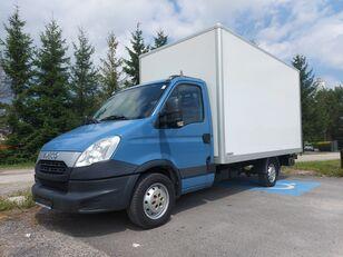 IVECO 35s13 Daily Kontener Winda Klimatyzacja camión furgón < 3.5t